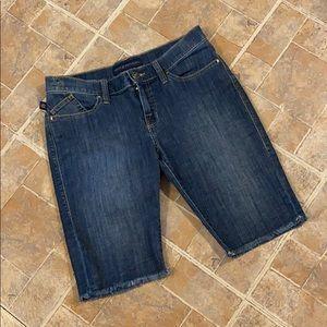 Rock & Republic jean Bermuda shorts size women 10